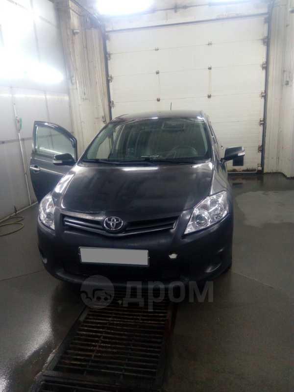 Toyota Auris, 2011 год, 450 000 руб.