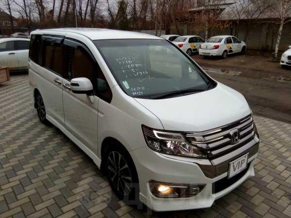Honda Stepwgn, 2012 год, 1 290 000 руб.