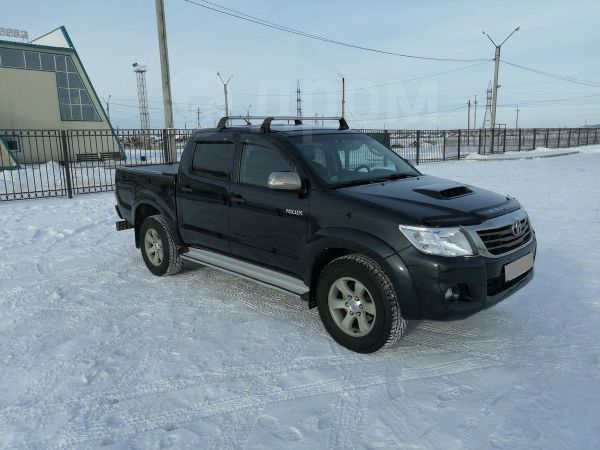 Toyota Hilux Pick Up, 2013 год, 1 345 000 руб.