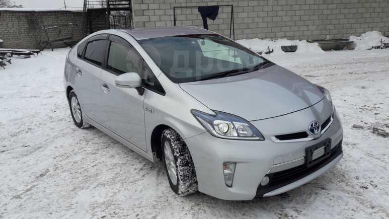 Toyota Prius PHV, 2014 год, 980 000 руб.
