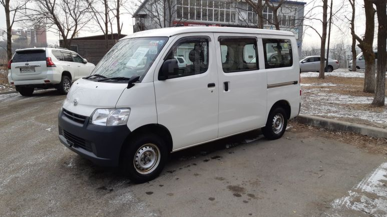 Toyota Town Ace, 2016 год, 730 000 руб.