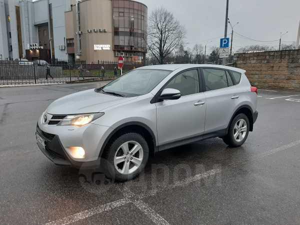Toyota RAV4, 2013 год, 999 000 руб.