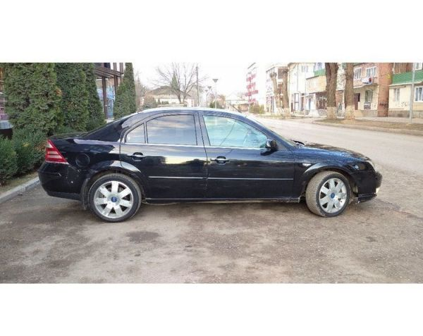 Ford Mondeo, 2005 год, 210 000 руб.