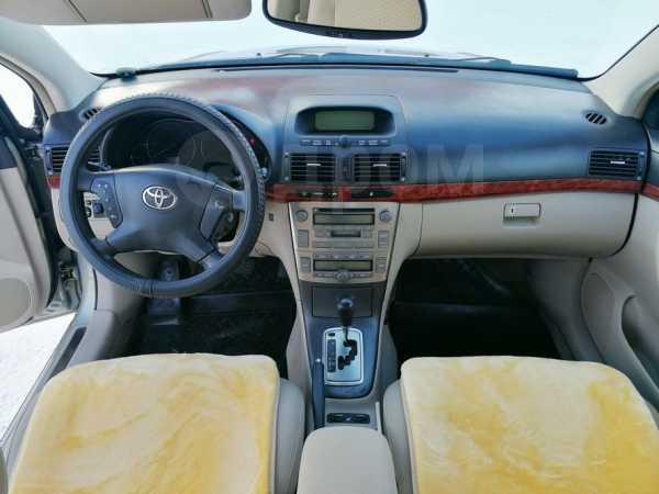 Toyota Avensis, 2003 год, 480 000 руб.