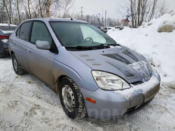 Toyota Prius, 2002 год, 300 000 руб.