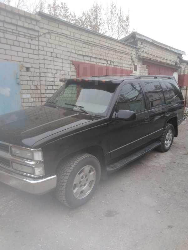 Chevrolet Tahoe, 1998 год, 450 000 руб.