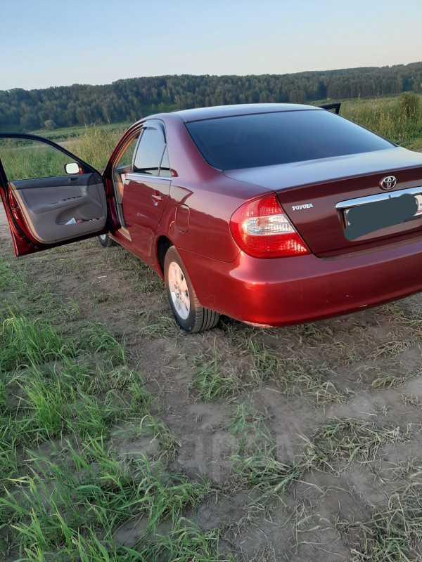 Toyota Camry, 2002 год, 390 000 руб.