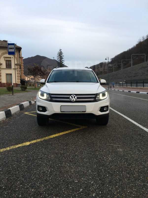 Volkswagen Tiguan, 2012 год, 790 000 руб.