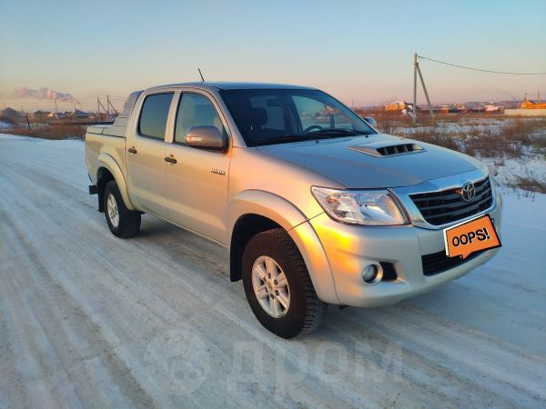 Toyota Hilux Pick Up, 2014 год, 1 174 000 руб.