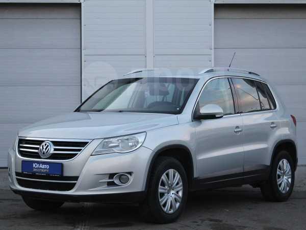 Volkswagen Tiguan, 2009 год, 595 000 руб.