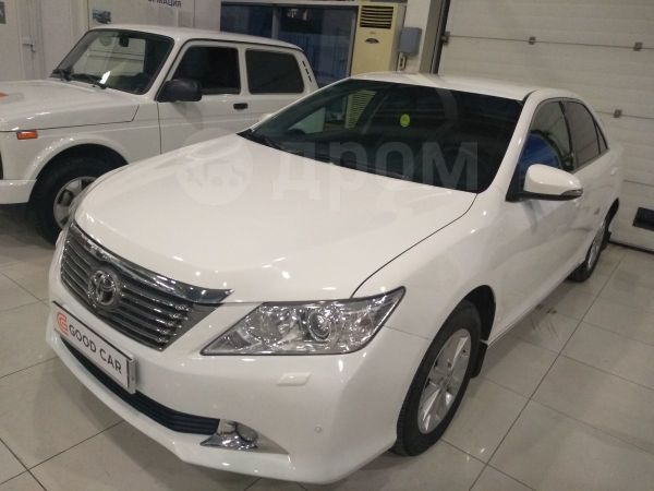 Toyota Camry, 2012 год, 975 000 руб.