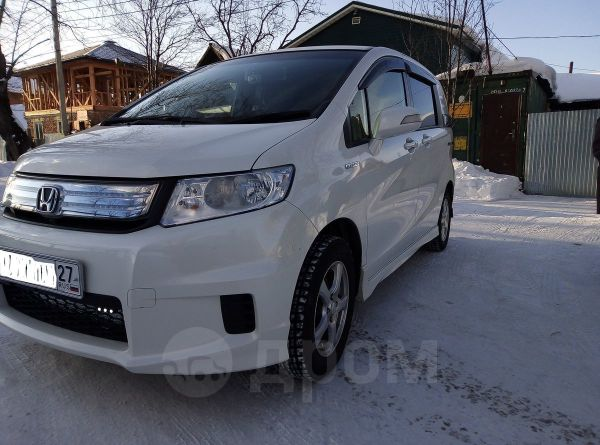 Honda Freed Spike, 2013 год, 730 000 руб.