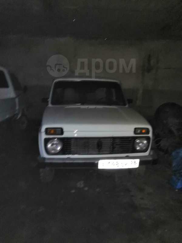 Лада 4x4 2121 Нива, 1980 год, 120 000 руб.