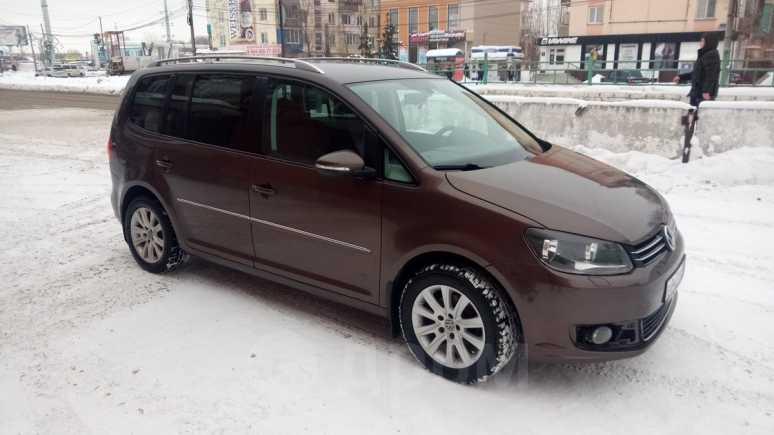 Volkswagen Touran, 2011 год, 650 000 руб.