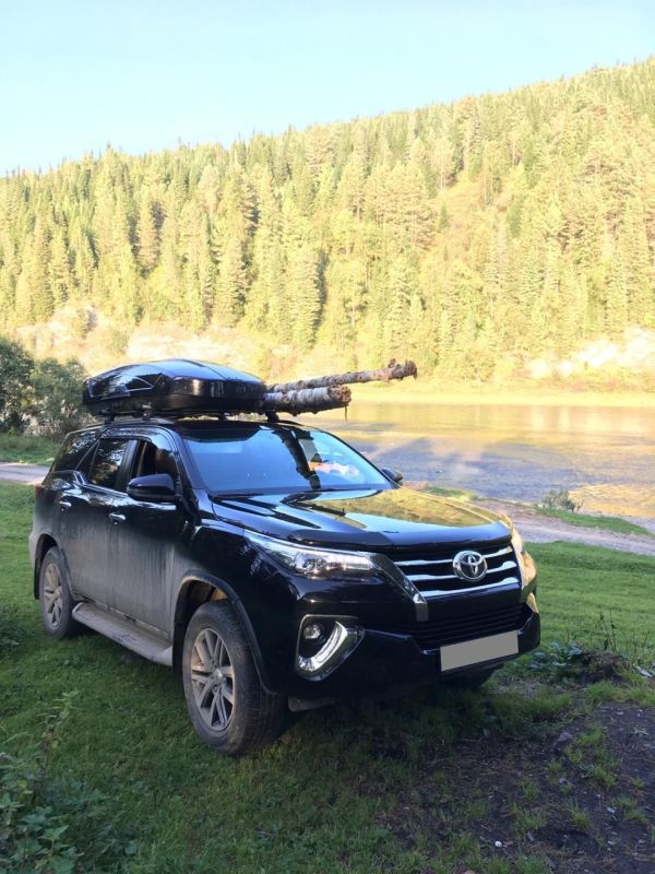 Toyota Fortuner, 2017 год, 2 500 000 руб.