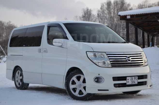 Nissan Elgrand, 2004 год, 520 000 руб.