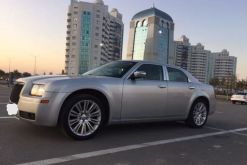 Грозный Chrysler 300C 2009