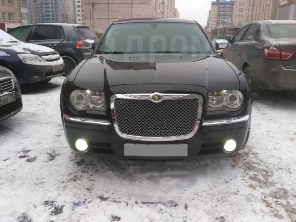 Chrysler 300C, 2005 год, 540 000 руб.