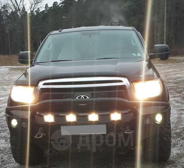 Toyota Tundra, 2011 год, 2 250 000 руб.