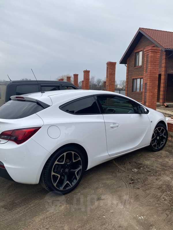 Opel Astra GTC, 2014 год, 499 000 руб.