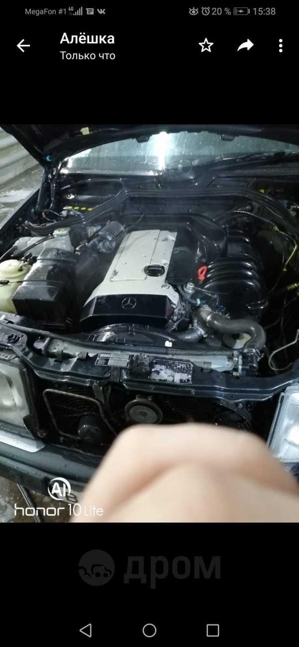 Mercedes-Benz E-Class, 1994 год, 330 000 руб.