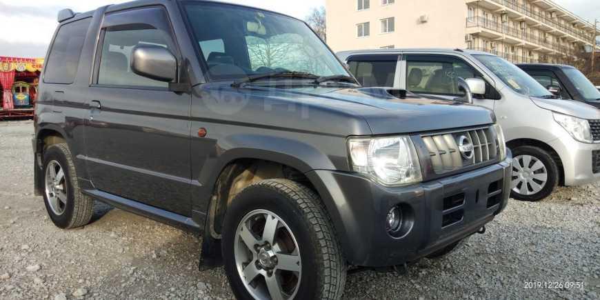 Nissan Kix, 2010 год, 495 000 руб.