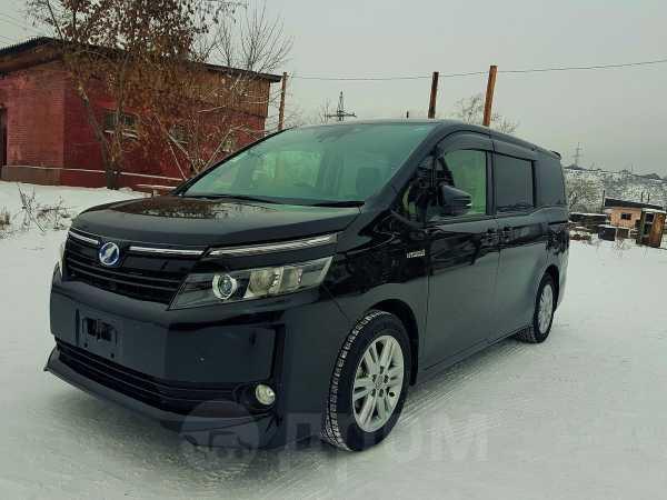 Toyota Voxy, 2016 год, 1 370 000 руб.