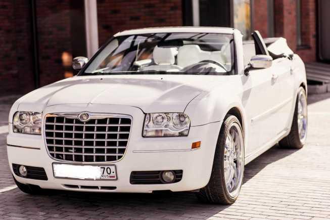 Chrysler 300C, 2010 год, 999 000 руб.