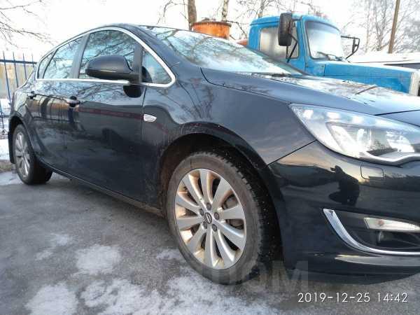 Opel Astra, 2013 год, 628 000 руб.