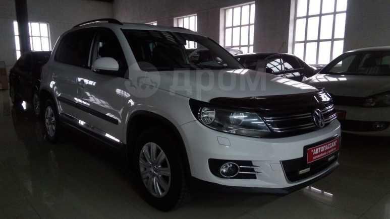 Volkswagen Tiguan, 2012 год, 711 000 руб.