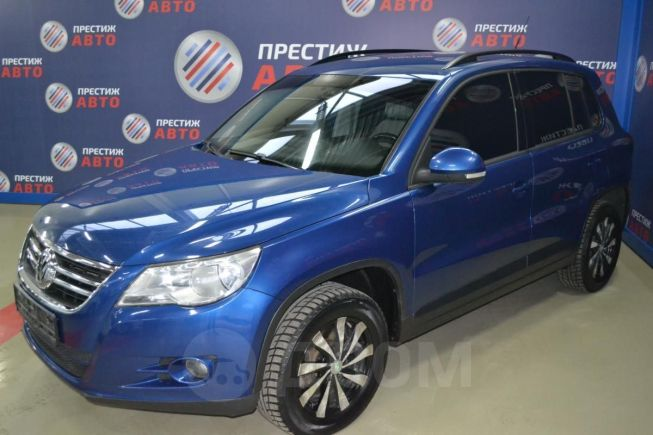 Volkswagen Tiguan, 2010 год, 529 000 руб.