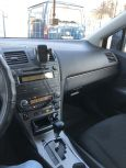 Toyota Avensis, 2010 год, 725 000 руб.