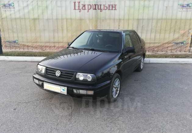 Volkswagen Vento, 1996 год, 135 000 руб.