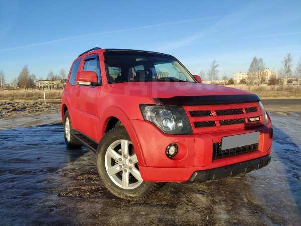 Mitsubishi Pajero, 2007 год, 695 000 руб.