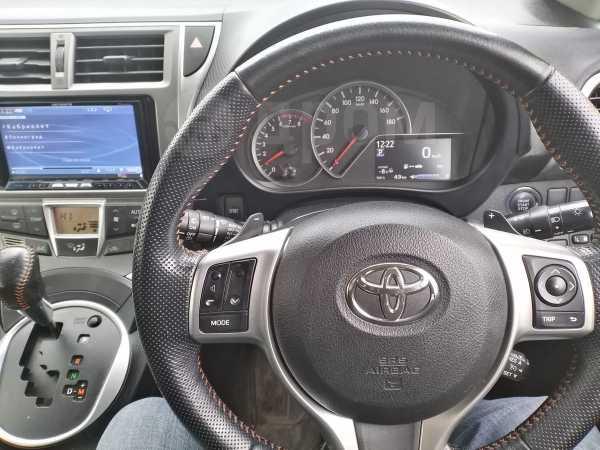 Toyota Ractis, 2011 год, 545 000 руб.
