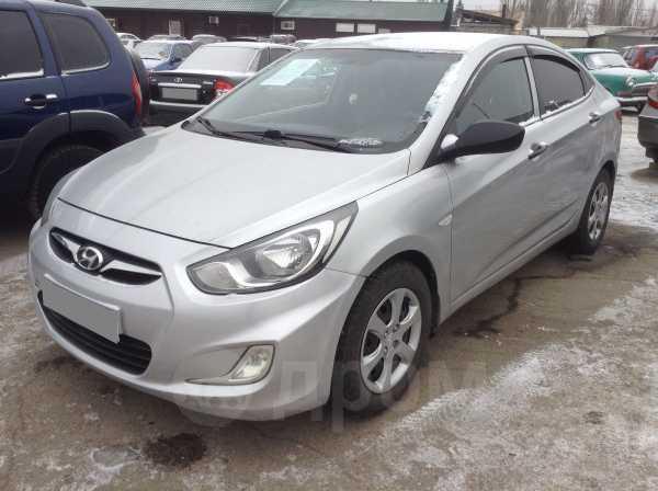 Hyundai Solaris, 2013 год, 329 000 руб.
