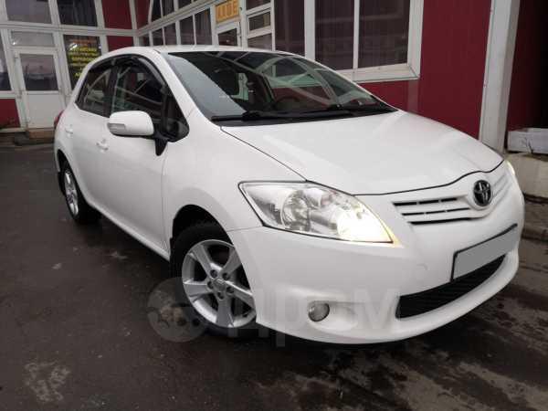 Toyota Auris, 2011 год, 655 000 руб.