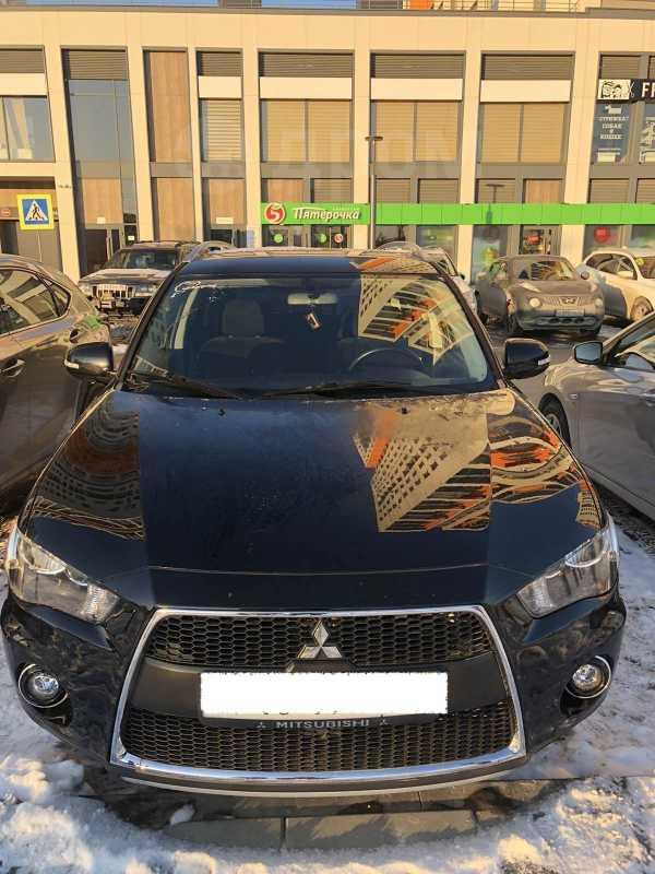 Mitsubishi Outlander, 2010 год, 800 000 руб.