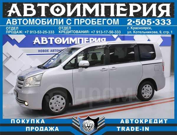 Toyota Noah, 2010 год, 688 000 руб.
