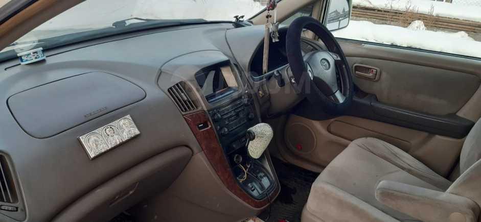 Toyota Harrier, 1998 год, 500 000 руб.