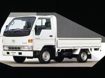 Toyota Hiace 1995, бортовой грузовик, 4 поколение, Y100