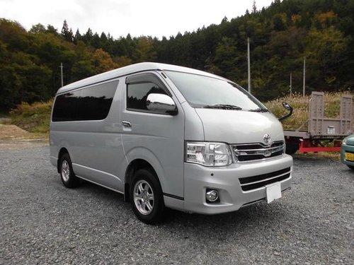 Toyota Hiace 2010 - 2013