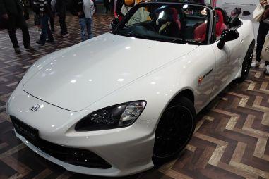 Ретротюнинг: Honda представила новые доработки для S2000 и Civic Type R 1999 года