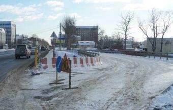 Вместе с мостами обновление ждет участок улицы Ленина.
