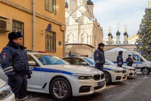 Москва подарила гаишникам спортседаны BMW