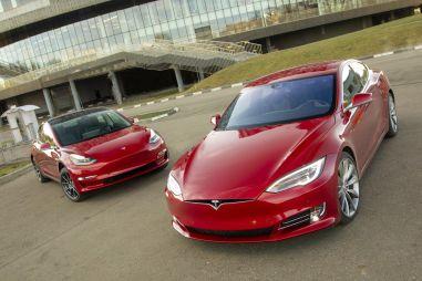 Tesla Model 3 vs Tesla Model S P85D. 1000-сильный экспресс в будущее