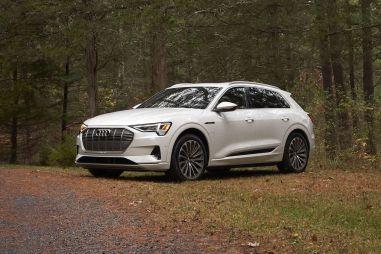 Новинки-2020. Тест электрокроссовера Audi E-Tron