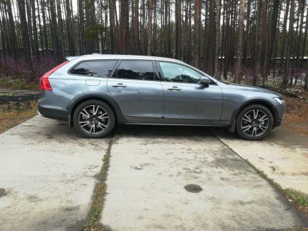 Volvo V90 2018 - отзыв владельца