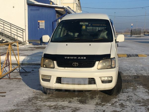 Toyota Town Ace Noah, 2000 год, 375 000 руб.