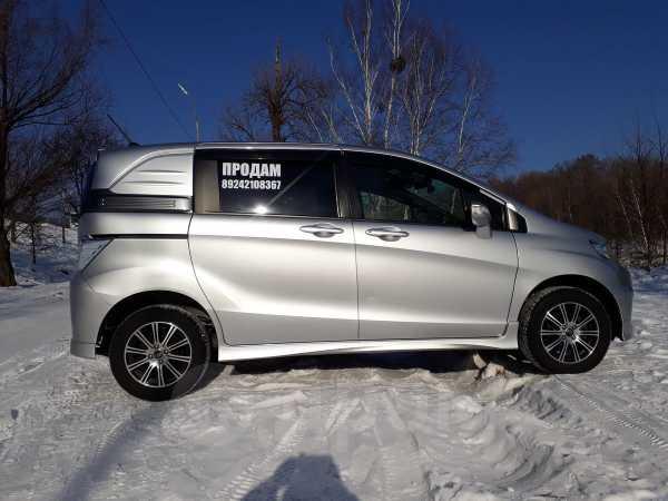 Honda Freed Spike, 2012 год, 610 000 руб.